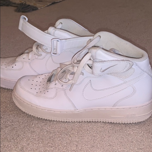 Nike Air force 1 mid top size 10 (men's 8.5)